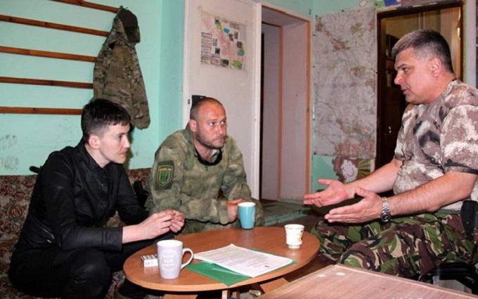 Савченко зустрілася з Ярошем в зоні АТО: з'явилися фото