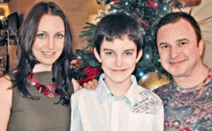 Ушел из жизни 21-летний сын украинского певца Виктора Павлика (2)