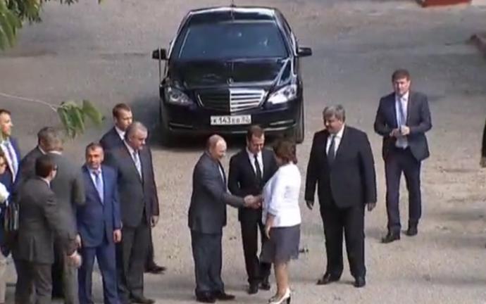 Путін прибув до окупованого Криму, з'явилися перші фото: в соцмережах кепкують (1)