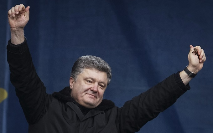 Рада ухвалила резонансний закон про нові повноваження Порошенка