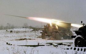 """Боевики ДНР обстреляли позиции сил АТО из """"Градов"""", есть раненые: появились подробности"""