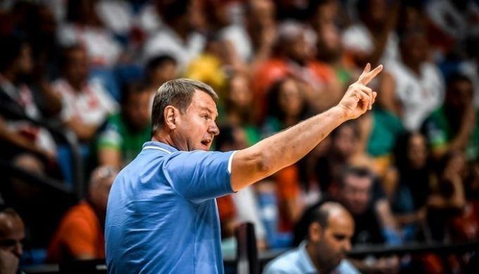 Сборная Украины сохранила своего основного тренера