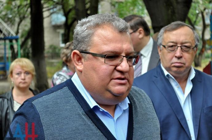 """В окупованому Донецьку бойовики заявляють, що обрали """"мера"""" (1)"""