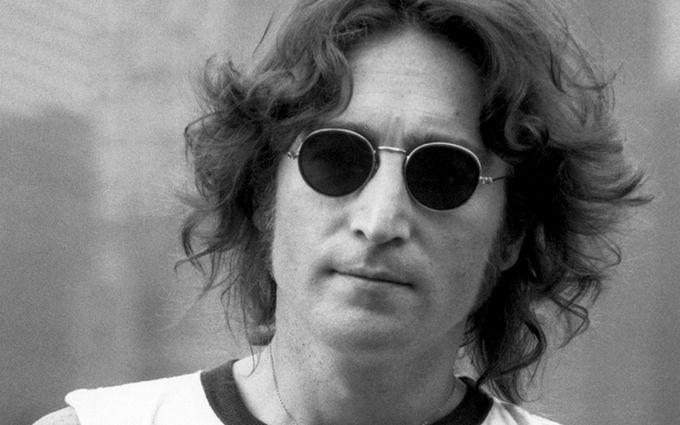 Уколишній квартирі Джона Леннона знайшли три трупи