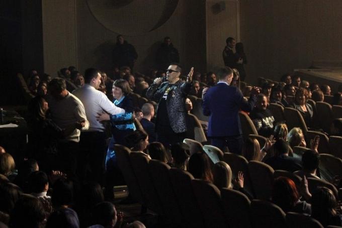 Российские звезды дали концерт в оккупированном Донецке: опубликовано видео (3)