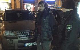 В самом центре Киева задержаны вооруженные люди: появились фото и видео