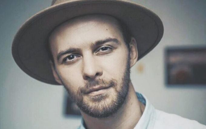 Відомий український співак став жертвою зловмисників в Києві