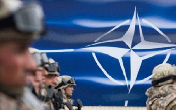 """""""Они зашли слишком далеко"""": РФ разорвала военное и гражданское сотрудничество с НАТО"""