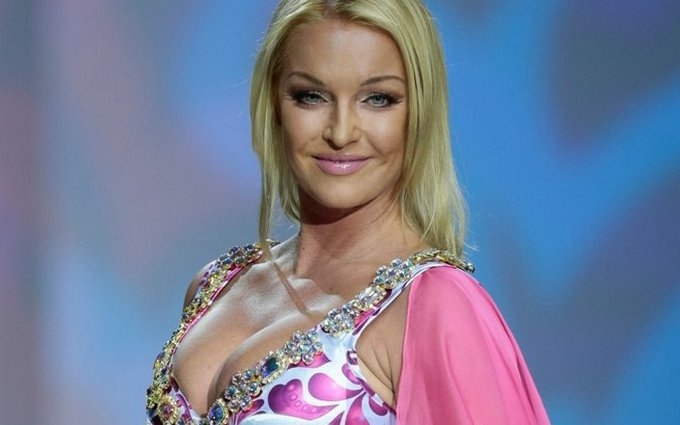 Скандальна балерина знову осоромилася: опубліковано відео
