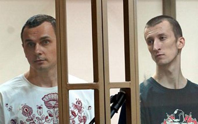 В России определились с гражданством Сенцова и Кольченко