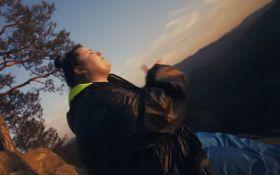 Атмосферная пушка: Alyona Alyona вместе с KALUSH поразила новым клипом