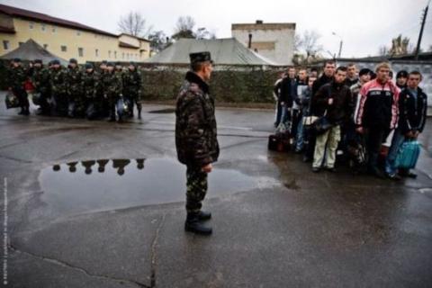 Міноборони запевнило, що строковики не будуть направлені в зону АТО