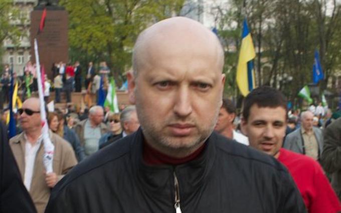 Турчинов заявил о возможном отказе от мобилизации