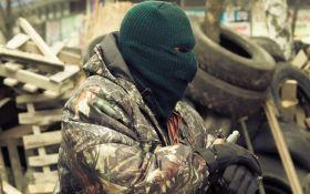 Украинские военные показали фото боевика, взятого в плен на Донбассе