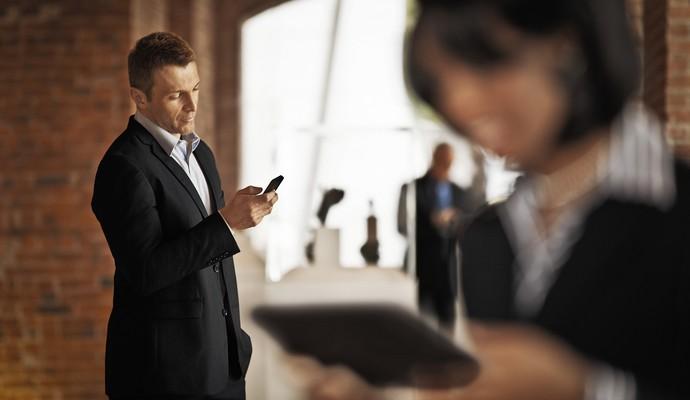 Чверть власників смартфонів не використовують їх для дзвінків