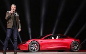 Полный привод и два двигателя: Илон Макс анонсировал выпуск нового электромобиля
