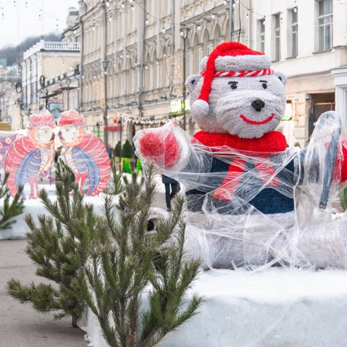 В Киеве уже установлена главная елка страны 2019: новые зрелищные фото (4)