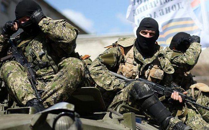 У Донецьку жителі вирішили по-своєму боротися з бойовиками ДНР