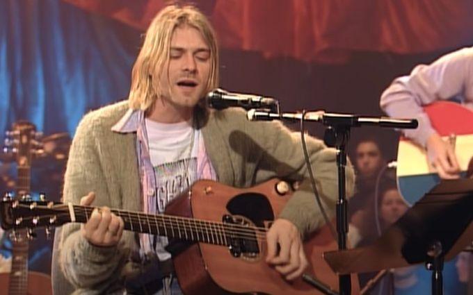 Рідкісну гітару Курта Кобейна продають - що відомо про унікальний лот