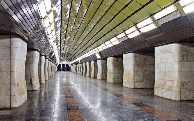 В метро Киева произошла трагедия: опубликовано видео