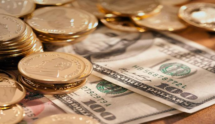На 3 февраля Нацбанк вновь опустил курс национальной валюты