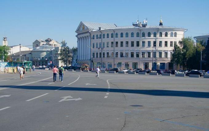 На Подолі в Києві створили експериментальну пішохідну зону: з'явилися фото