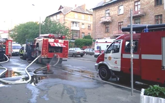Пожежа в київському суді: з'явилися нові фото і подробиці