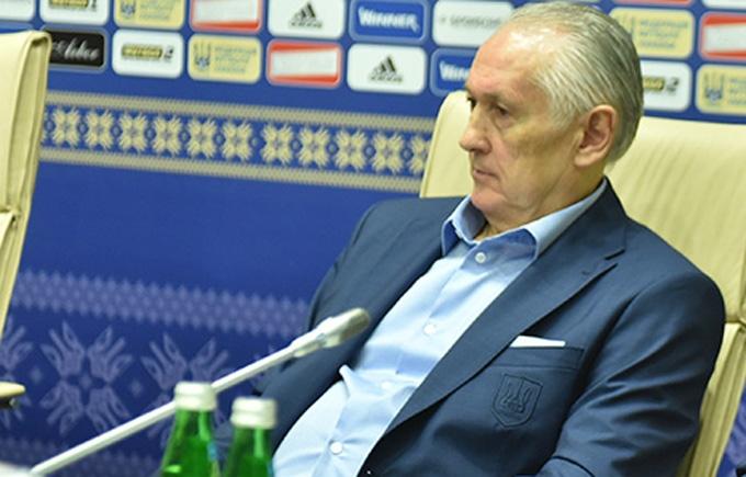 Тренер збірної України проявив неповагу до журналістів