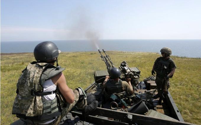 На Донбассе подорвалась БМП сил АТО, есть погибшие