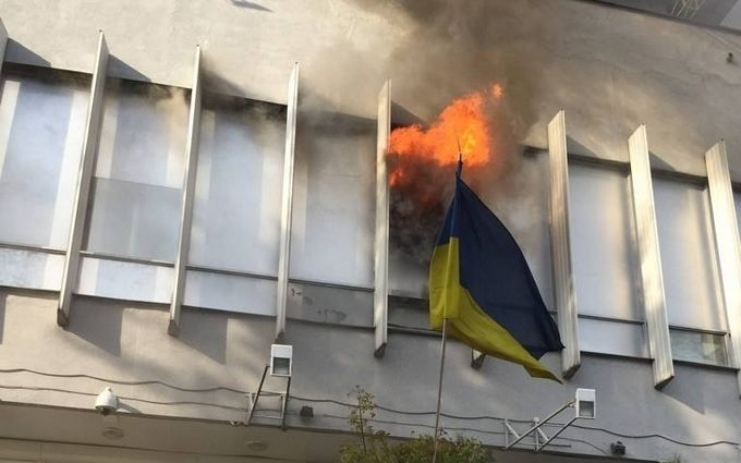 """Пожежа на """"Інтері"""": соцмережі збуджені і згадують Путіна"""