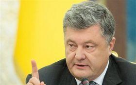 Петро Порошенко проведе тристоронні переговори з Меркель та Макроном
