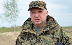 """Росія на навчаннях """"Захід-2017"""" відпрацьовуватиме наступальні операції проти Польщі та Литви - Турчинов"""