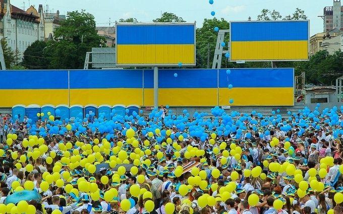 За місяць чисельність українців скоротилася майже на 19 тисяч
