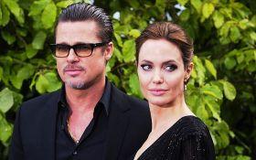 Впервые за 2 года: Анджелина Джоли тайно встретилась с Брэдом Питтом - фото