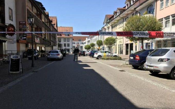 В Германии неизвестный напал на банк и открыл стрельбу