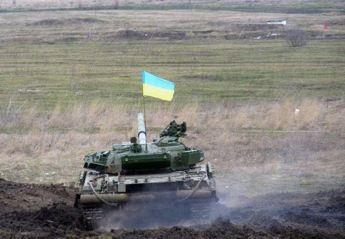 Сепаратисты увидели танки НАТО в Мариуполе, в сети смеются: опубликовано фото
