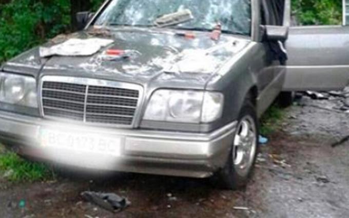 Таємничий вибух машини на Львівщині: з'явилися фото і нові подробиці