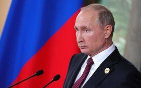 У жалюгідному стані: Путін запропонував Україні забрати військову техніку з Криму