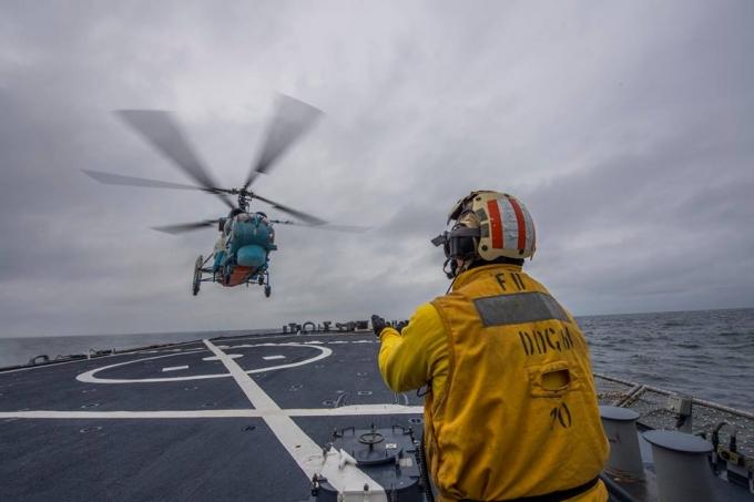 У Чорному морі пройшли спільні тренування морської авіації ВМС України і США: з'явилися фото (1)
