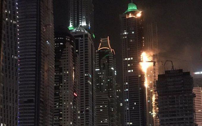 В Дубае горело одно из самых высоких в мире зданий: появились фото и видео