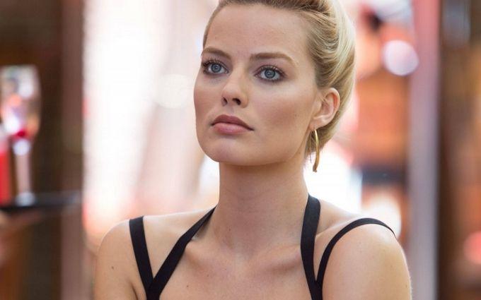 Известная голливудская актриса украсила обложку культового глянца: нежные фото