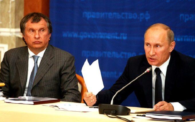 Один з головних соратників Путіна оскаржив його слова: соцмережі в шоці