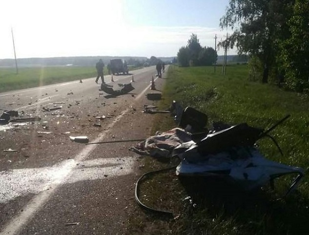 В Беларуси попала в смертельную аварию детская футбольная команда из Украины: появились первые фото (1)
