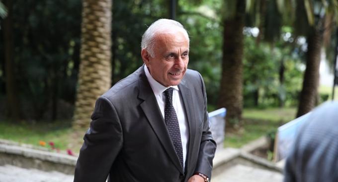 """""""Прем'єр"""" невизнаної Абхазії загинув в ДТП: з'явилися фото і відео з місця аварії (1)"""