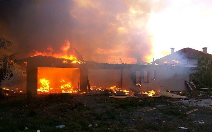 Обстрел жилых кварталов Бердянского и Широкиного: появились фото последствий