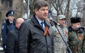 Мер Луганська допомагав сепаратистам робити коктейлі Молотова - депутат з Донбасу