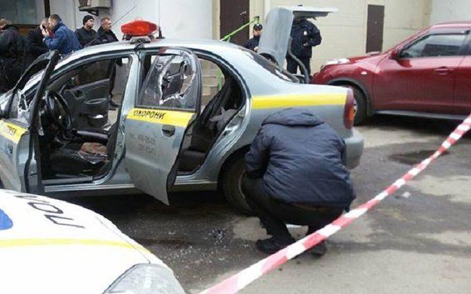 В Киеве напали на машину инкасаторов: появились фото и подробности