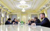 Порошенко ответил жестким заявлением на захват боевиками украинских предприятий: появилось видео