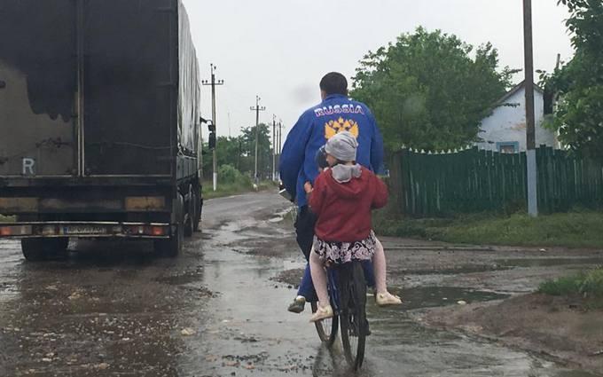 """Збудник """"вати"""" нікуди не подівся: журналіст розповів про поїздку в Одеську область"""