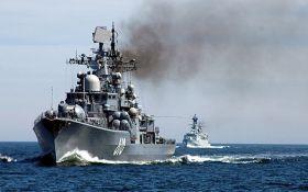 Россия стягивает военные корабли в Крым через Азовское море: подробности и фото